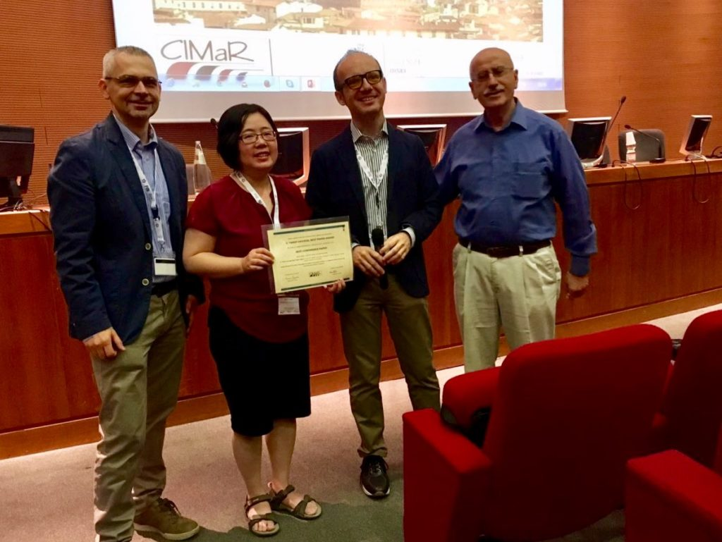 Receiving CIMaR Best Paper Award